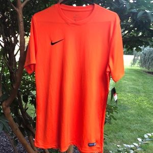 Nike Men's Neon Orange Shirt. NWT. Size Large